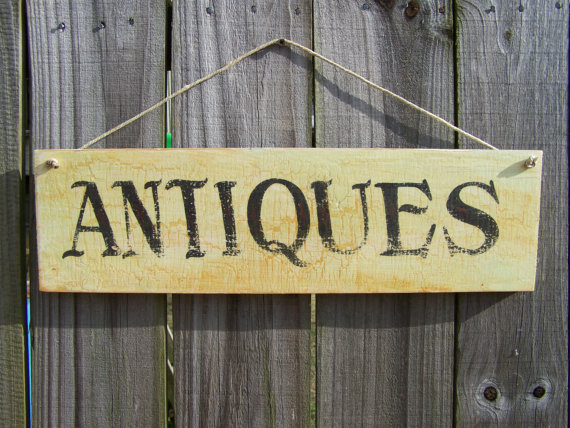 antiques-sign